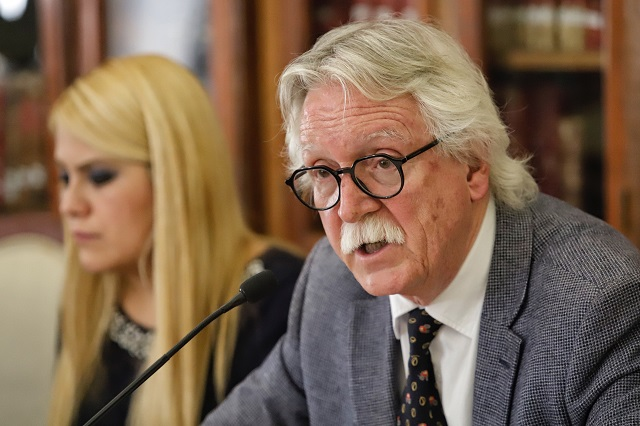 Barbosa anuncia auditoría a la Secretaría de Cultura tras salida de Glockner