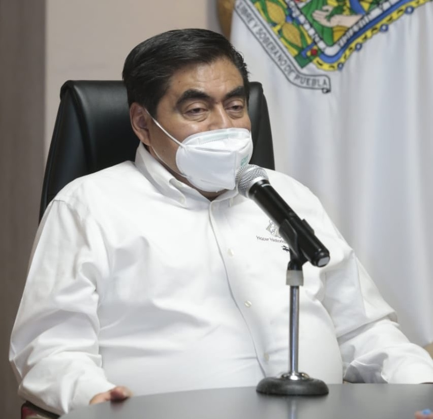 No doy mayor importancia a infamias contra mi salud: Barbosa