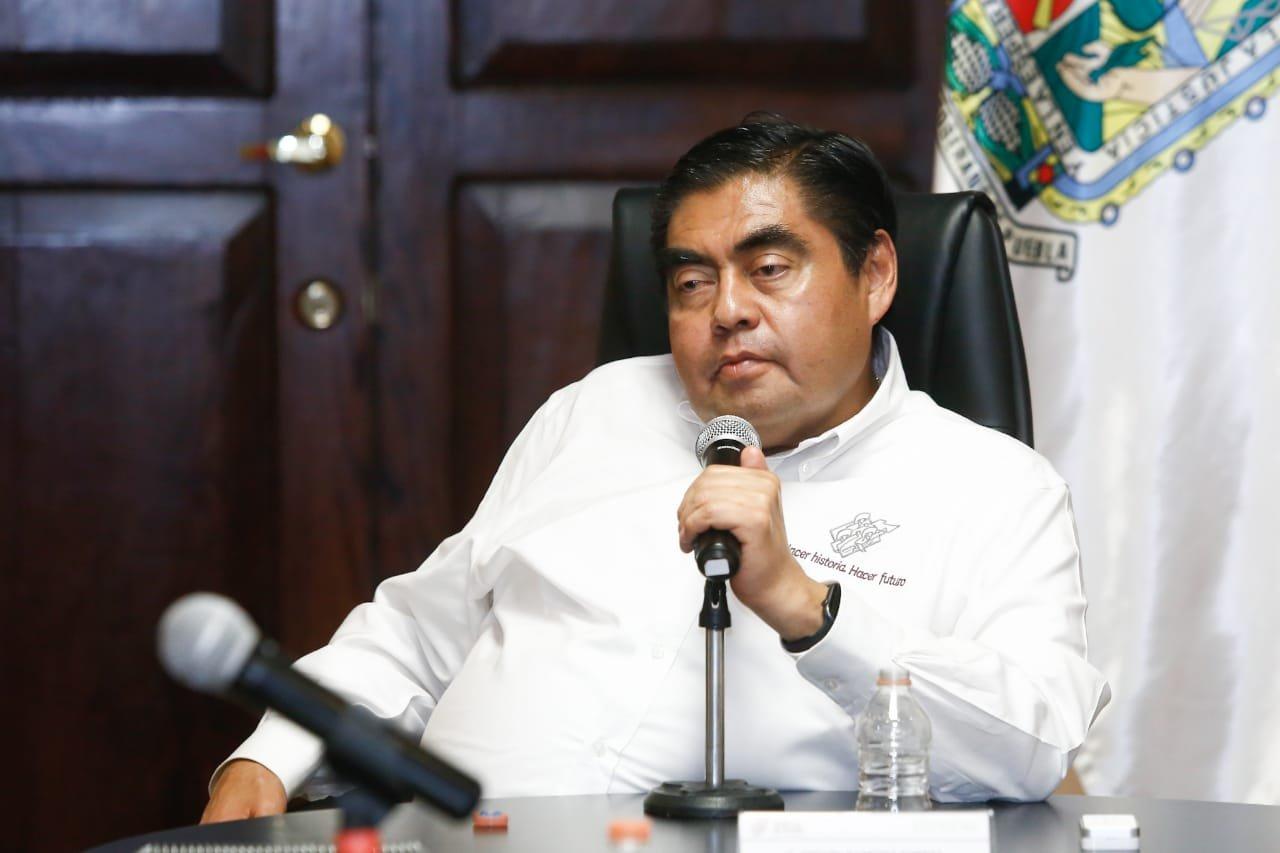 Alista gobernador Barbosa fase 3 de Covid-19 para Puebla