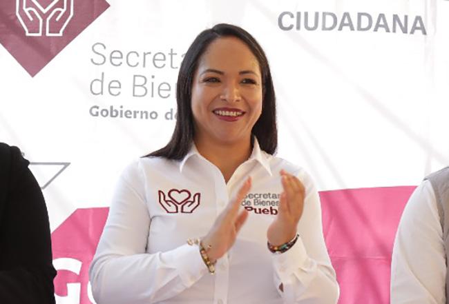 Se extiende Covid en gabinete de Barbosa; secretaria del Bienestar da positivo