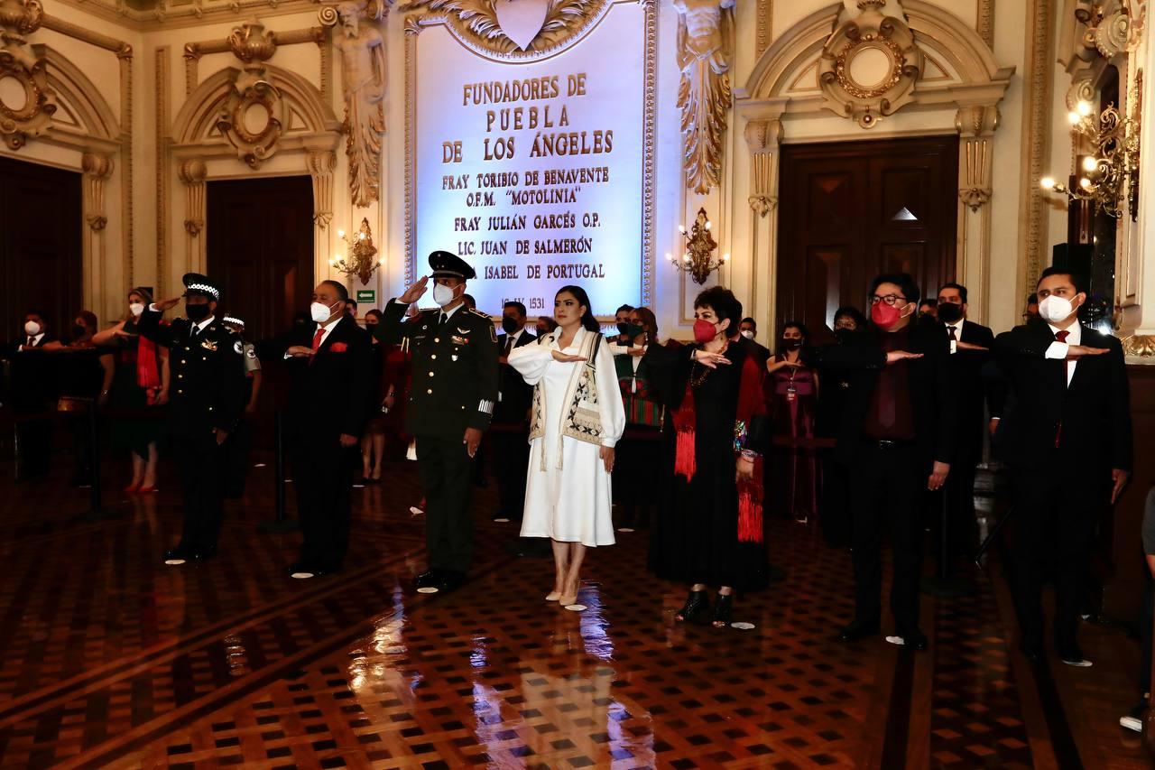 Ayuntamiento de Puebla lleva a cabo tradicional Grito de Independencia