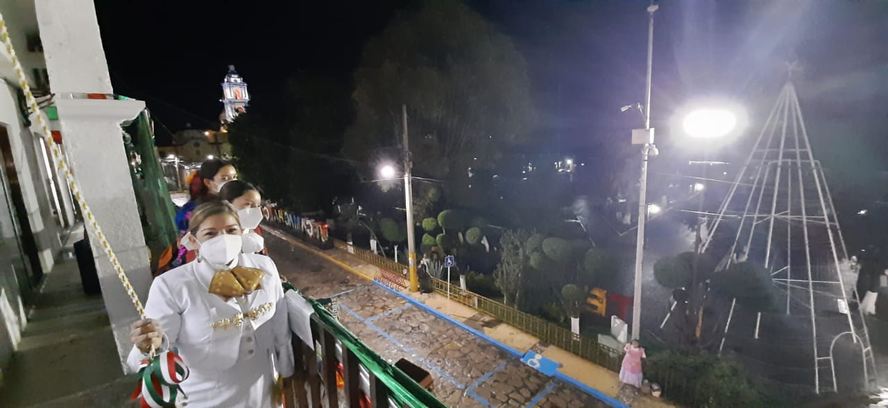 Registran calles vacías por COVID durante Grito en Tecamachalco