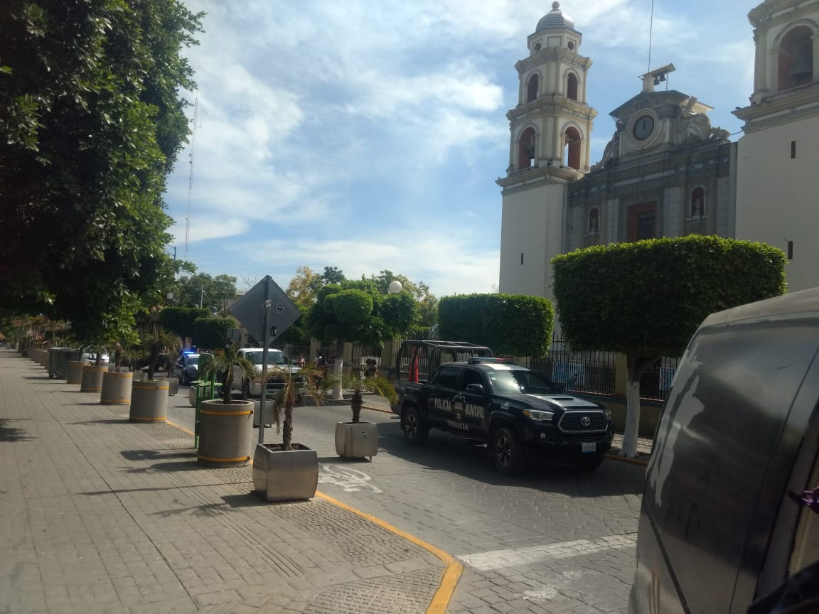 Investigan a supuestos policías de Tehuacán que servían como halcones