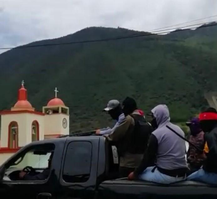 Convoy de sujetos armados provoca movilización en región de Tehuacán