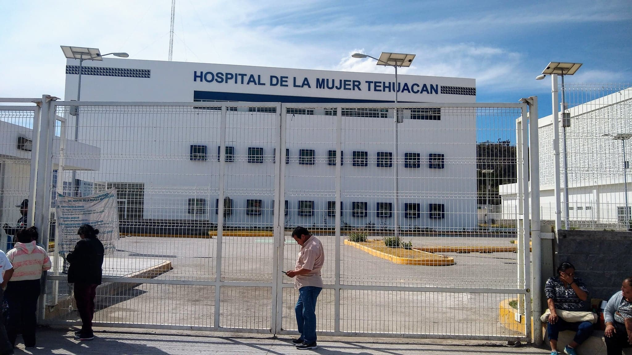 Acusan falta de atención médica a embarazada en Hospital de la Mujer en Tehuacán