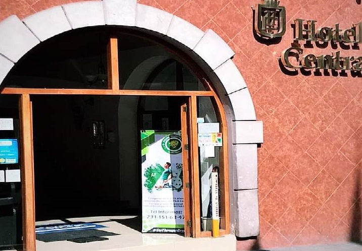 En violento asalto en hotel de Teziutlán dejan un lesionado