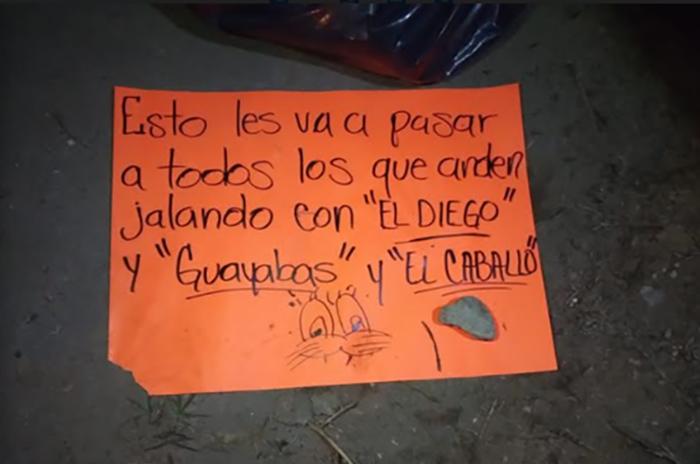 Aparecen dos hombres desmembrados en Tlalancaleca con huachimensaje