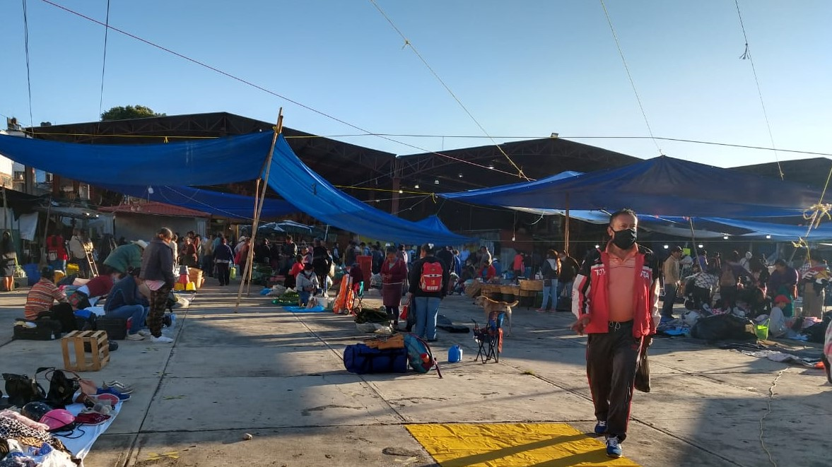 Medidas sanitarias para el comercio en Huauchinango, incongruentes: tianguistas