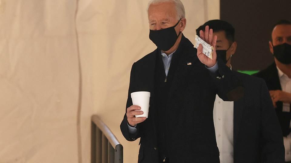 Biden y Harris rinden homenaje a víctimas del Covid-19
