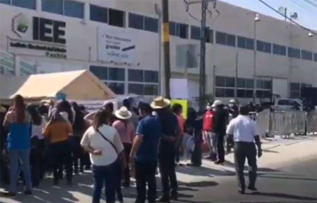 Partidos violaron los derechos de aspirantes a candidaturas: Barbosa