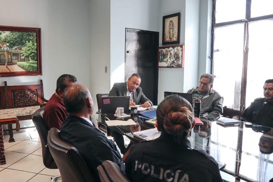 Tras 4 ejecutados y 3 narcomantas en Atlixco, edil pide calma