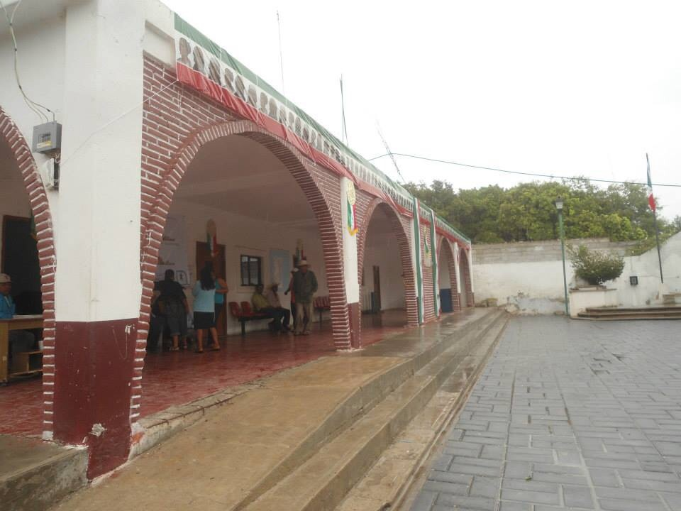 Acusan imposición de presidente auxiliar en Cuayuca de Andrade