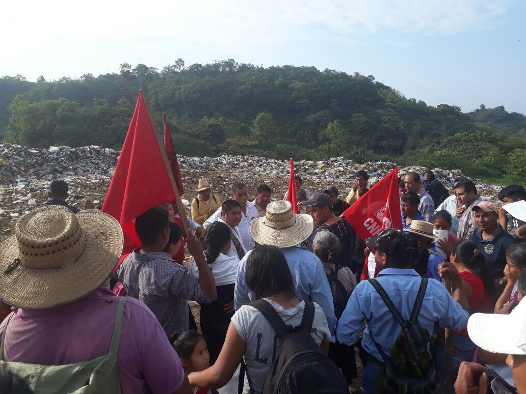 Tras protestas, logran cierre de basurero en comunidad de Cuetzalan
