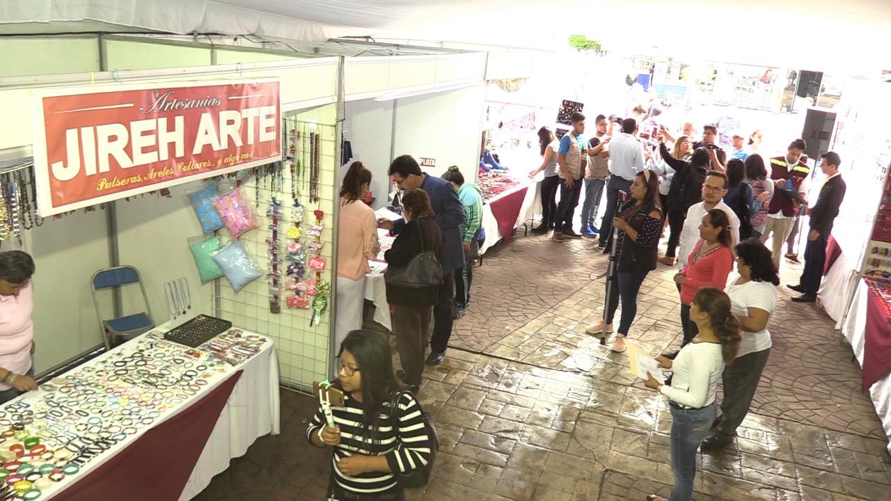 Llegan 150 artesanos a Tehuacán por Festival del Moles de Caderas
