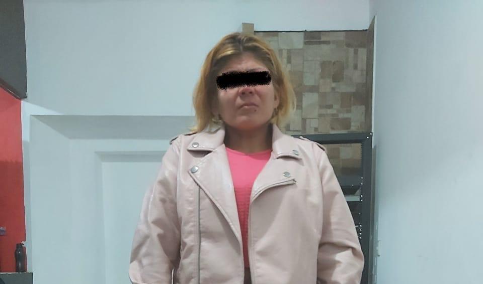 Detienen a mujer con droga cerca de Campus BUAP en Quecholac
