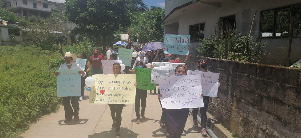 Protestan pobladores por abuso de autoridad en Tepango de Rodríguez