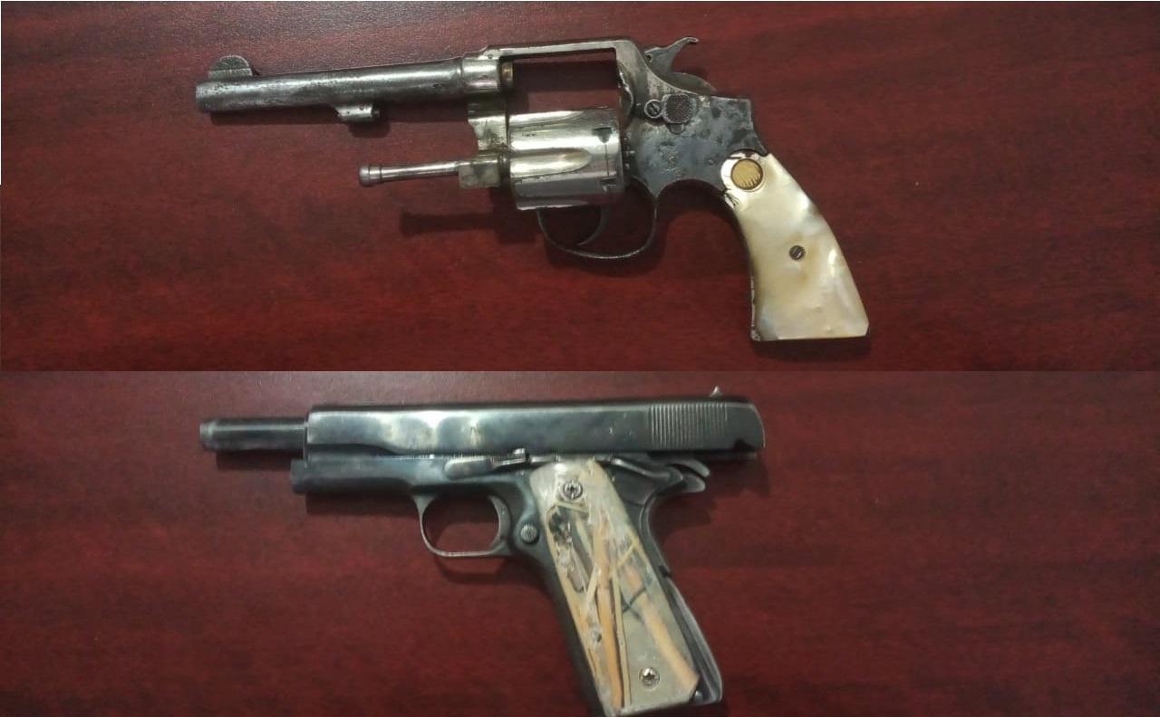 Detienen a 9 sujetos en Texmelucan, les aseguran armas y autos