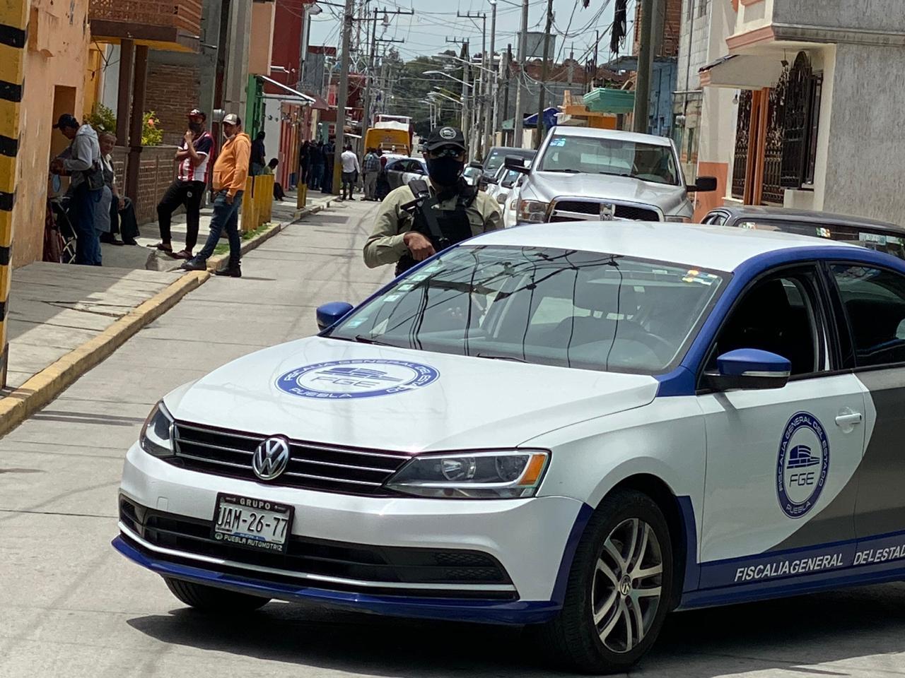 Personal de la FGE realiza cateo en domicilio de Huejotzingo