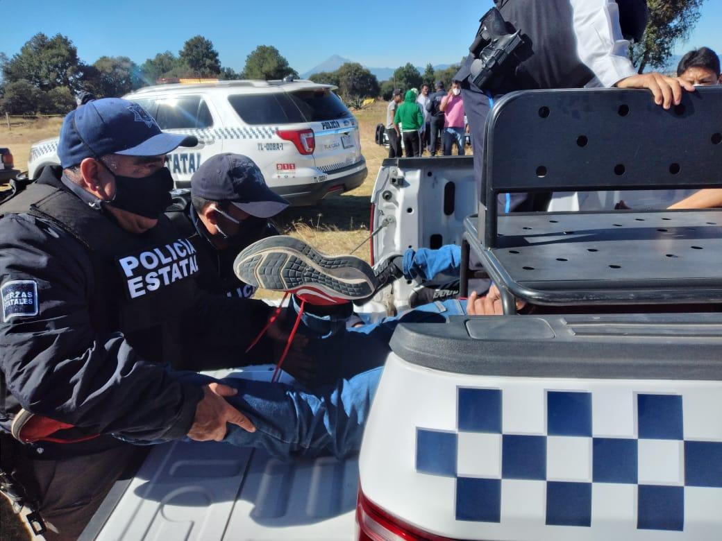 Aseguran a sujetos vinculados al robo de transporte de carga en Tlaxcala