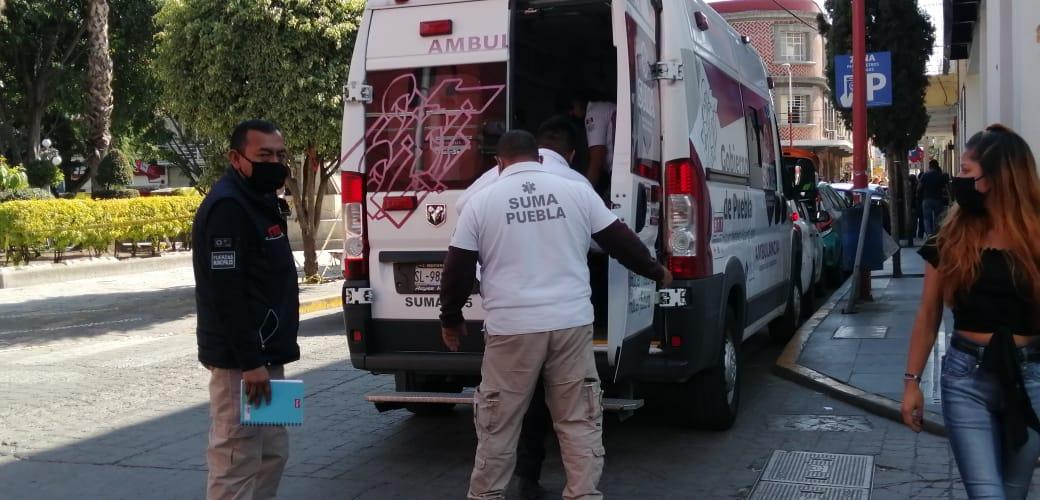 Roban camioneta a comerciante, lo lesionan y abandonan en Texmelucan