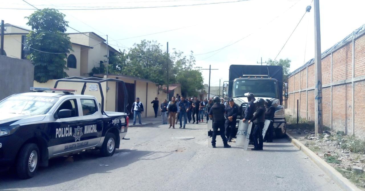 Tras operativo en Moyotzingo vecinos reportan al menos dos detenidos