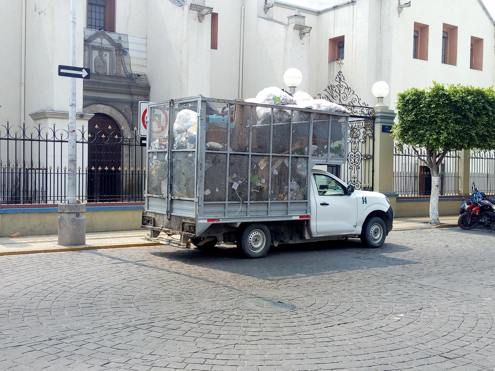 Comerciantes buscan dejar de usar plásticos en Tehuacán
