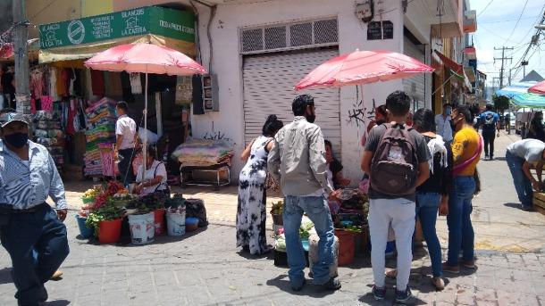 Se multiplican puestos ambulantaje en Tehuacán pese a contingencia