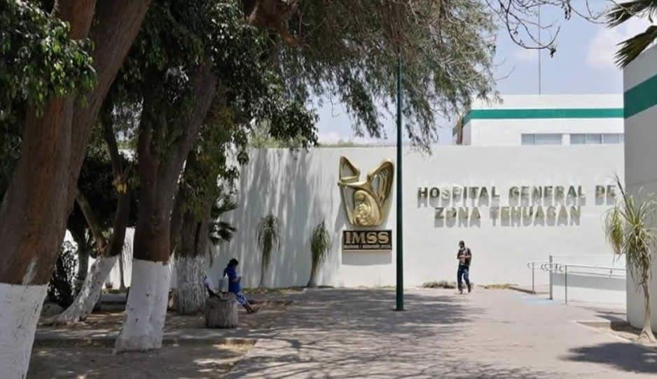 Personal del IMSS Tehuacán acusa exclusión en vacunas contra Covid