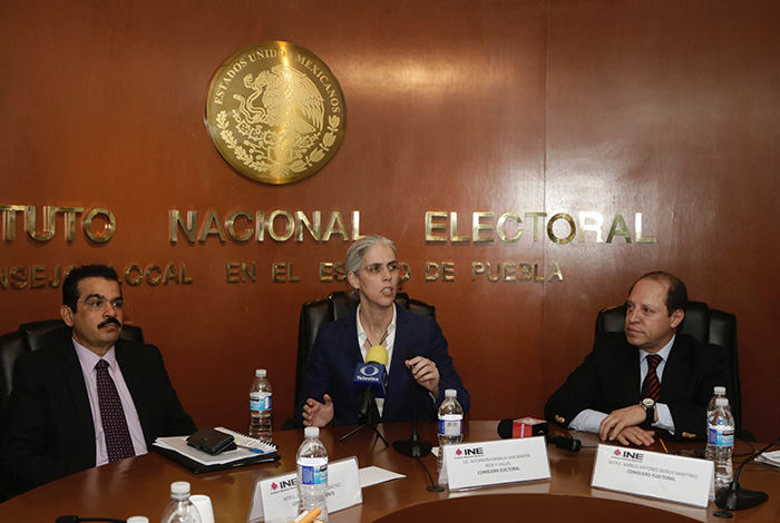 Recibe INE Puebla primera petición de candidatura independiente