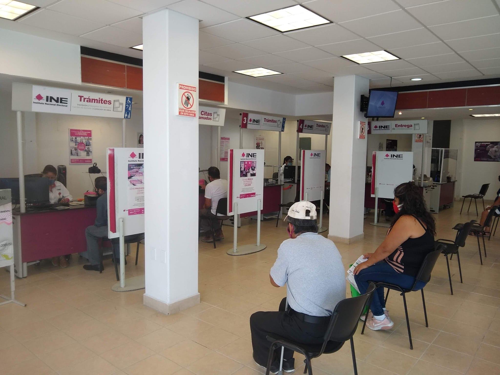 Identifica INE casos de credenciales falsas en Tehuacán