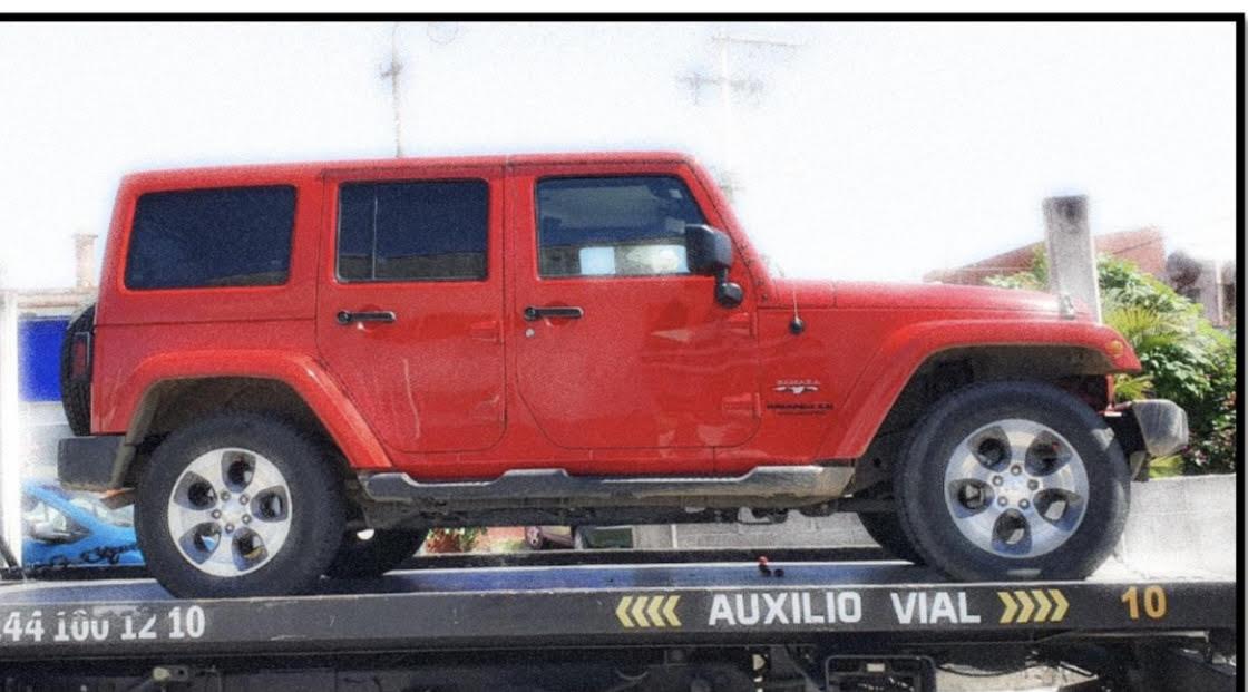 Ex esposa le roba su Jeep y lo deja abandonado en gasolinera en Atlixco