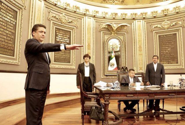 El magistrado Jorge Benito Cruz Bermúdez se ampara