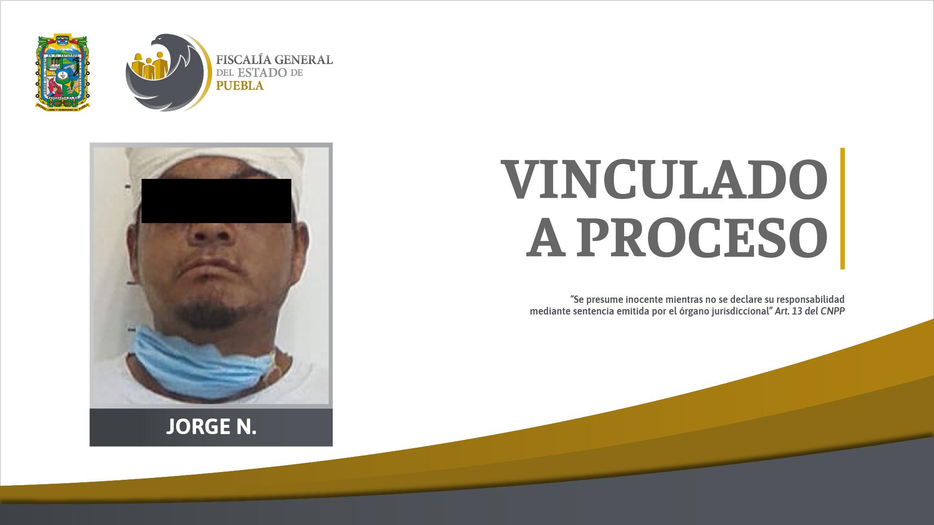 Jorge amenazó con machete a una mujer, le robó y la violó en Atlixco