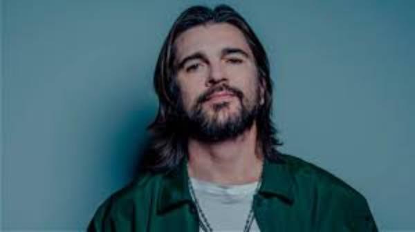 VIDEO Juanes se roba un automóvil y lo confiesa en las redes