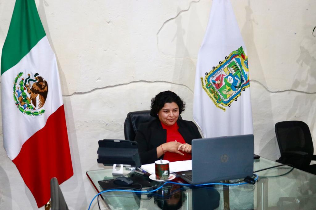 Participa Karina Pérez en foro virtual Mujeres poblanas en el poder