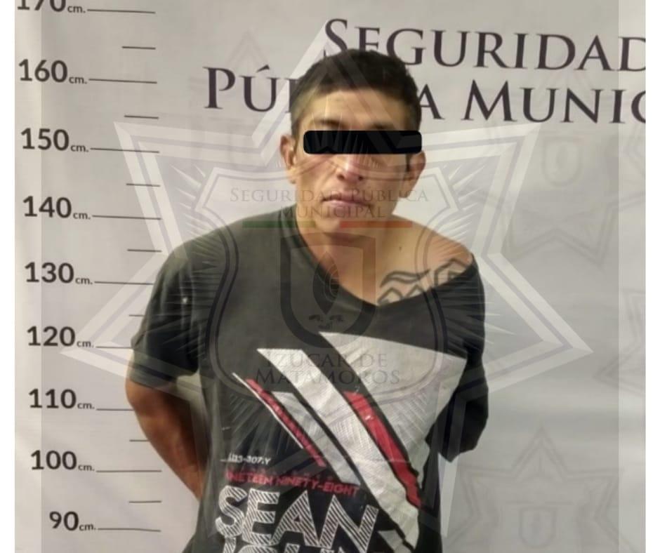 Lo detienen por intentar robar una escuela en Izúcar