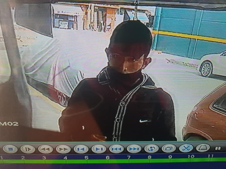 Graban a ladrón que robó bicicleta fuera del Coppel en Tepeaca