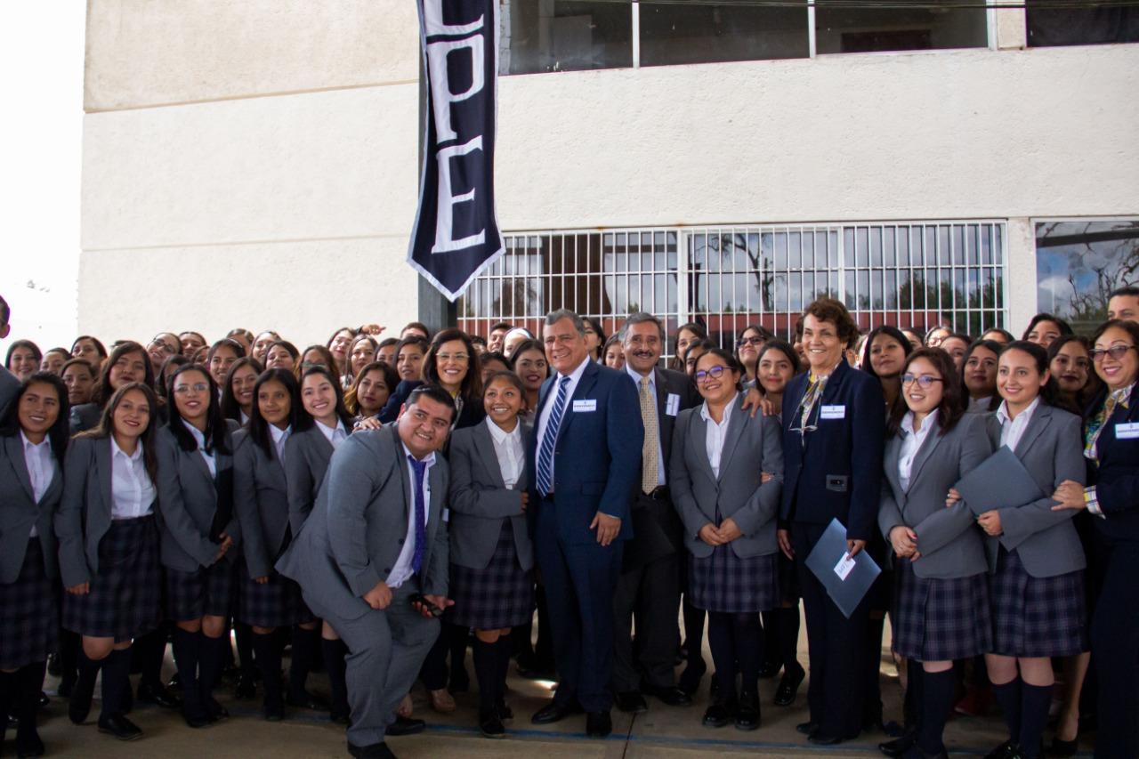 Invertir en espacios educativos, mejora educación: Márquez Lecona