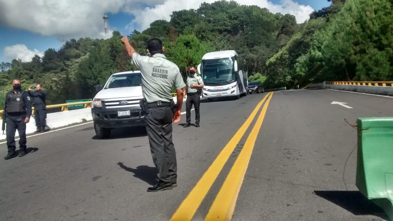 Detienen a seis del SME por cierre de la México-Tuxpan