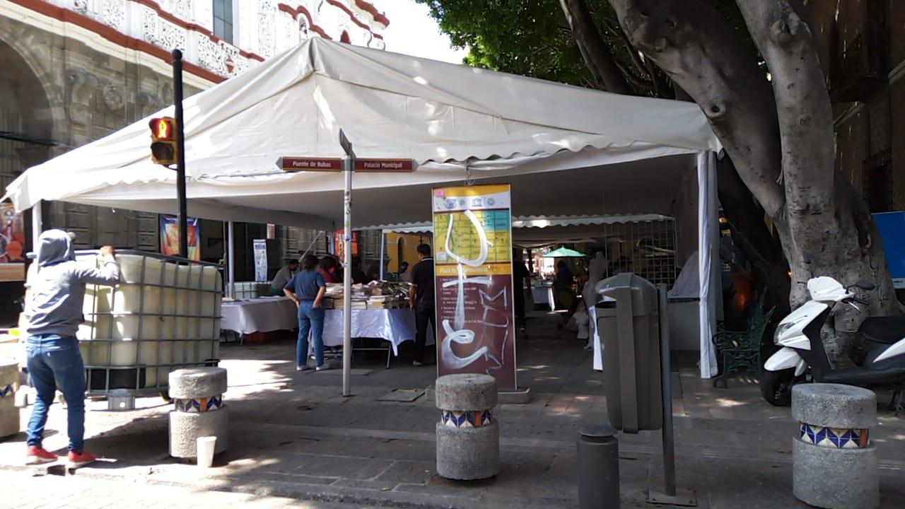 Un año y medio después regresa la Feria del Libro a la Plaza de la Democracia