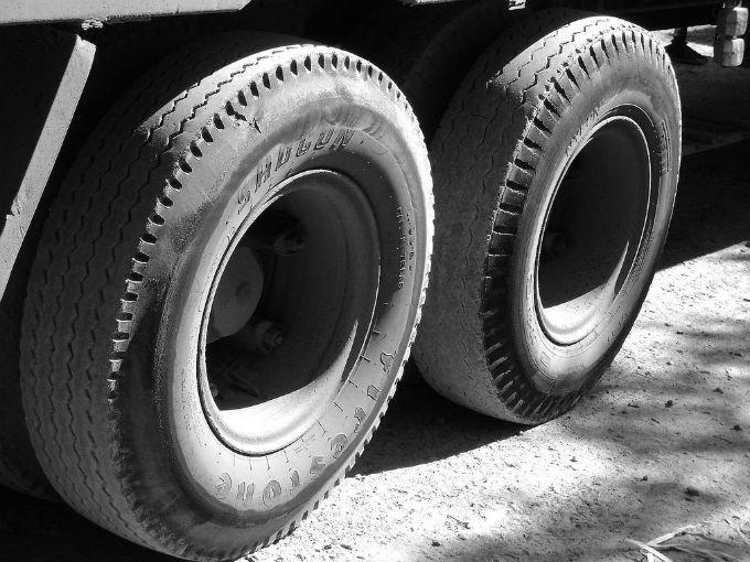 Camión de carga atropellada a niño en Izúcar