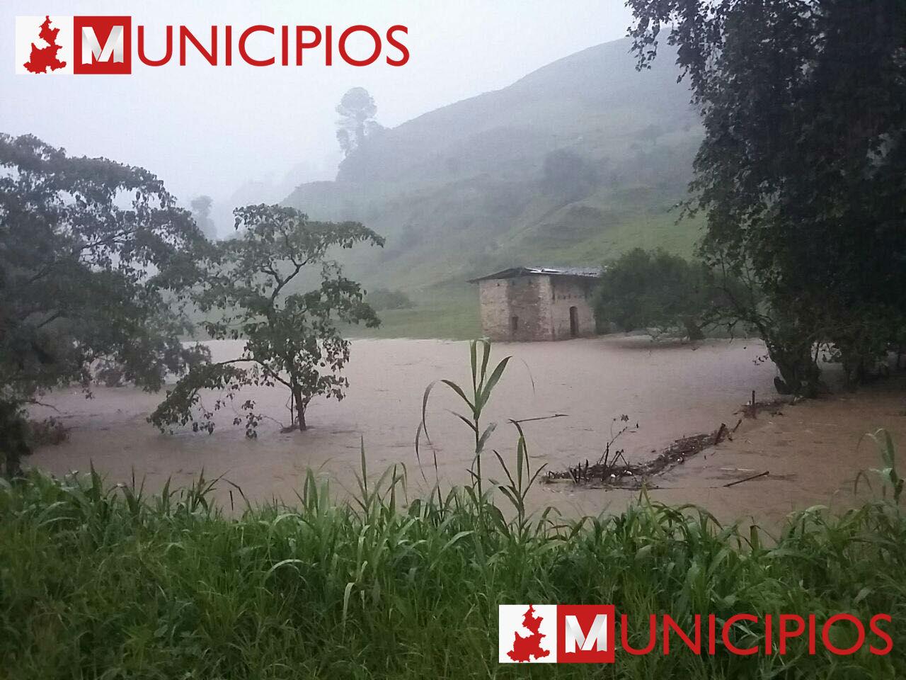 Muertos, desaparecidos y damnificados deja Earl en Huauchinango