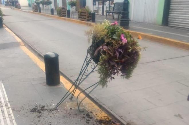 Vandalizan plantas turísticas en zona centro de Atlixco