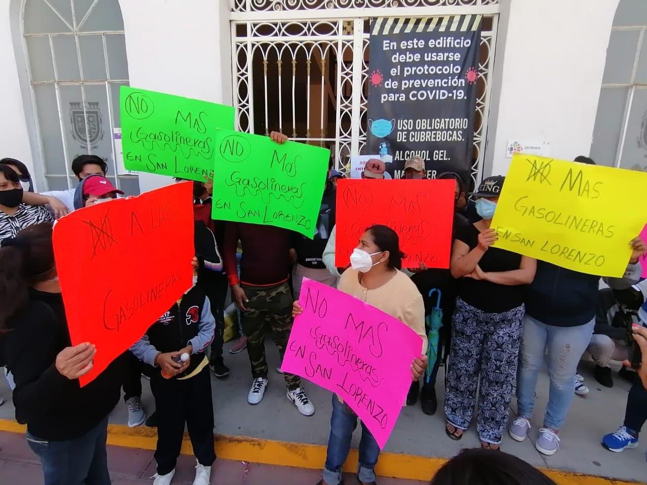 Toman habitantes de Teotipilco edificio Morelos en rechazo a gasolineras