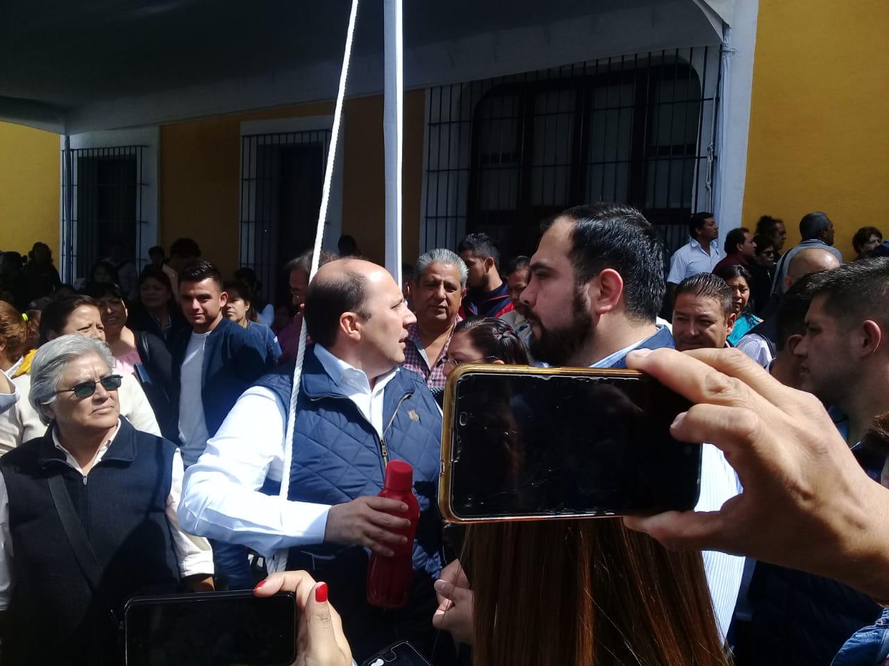 VIDEO Se descontrola jornada ciudadana; Manzanilla pone orden