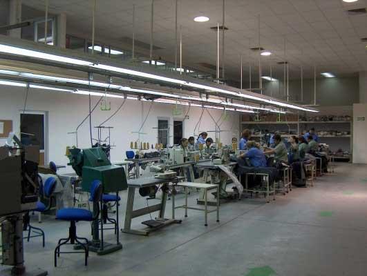Endeudados maquiladores de Tehuacán afrontan Nueva Normalidad