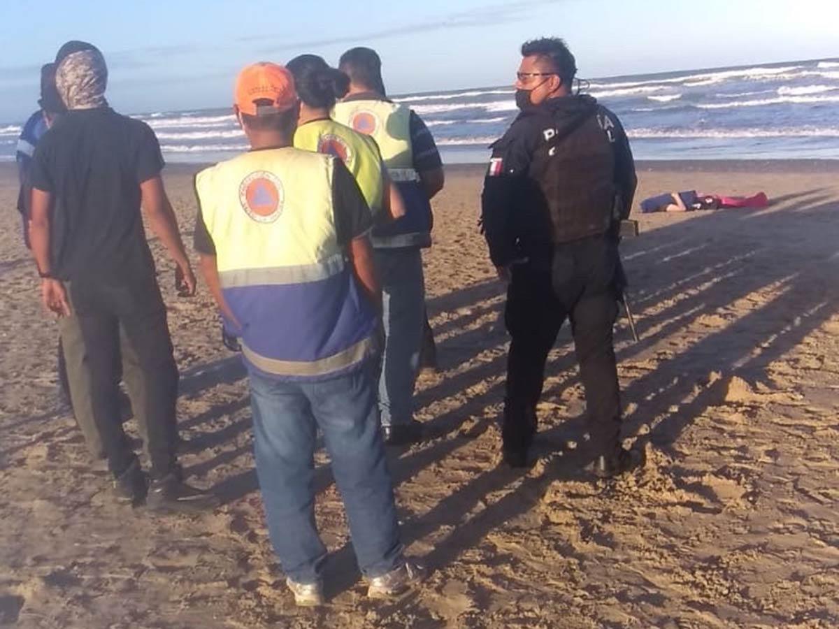 Mar literal se traga a nieta y abuelito en playas de Tamaulipas