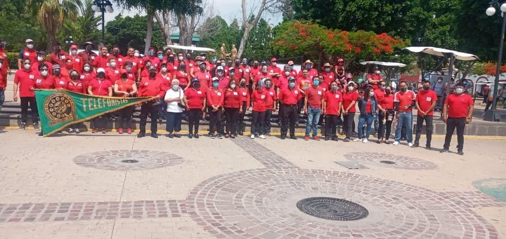 Marchan por Día del Trabajo en Tehuacán pese a Covid19