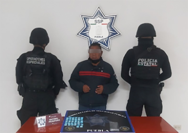 Cae El Margaro, líder de banda dedicada a vender alcohol adulterado en Puebla
