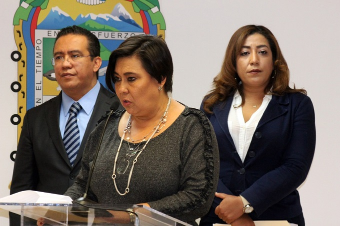 Secretarios y regidores de Puebla manifestaron apoyo a Lourdes Rosales